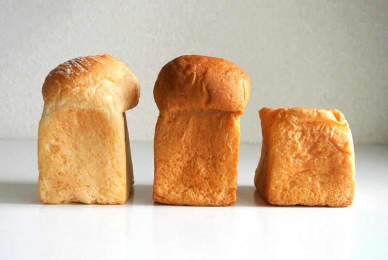 「福岡×食パン」「北海道×食パン」「365日×食パン」