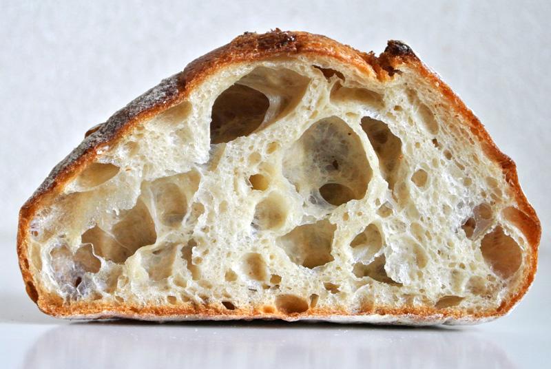 「キタノカオリ×はるきらりのフロマージュ・ドゥーブル」はみずみずしい国産小麦のもっちり感と香りがある