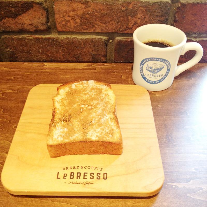 LeBRESSO(大阪鶴橋)のトーストとコーヒー