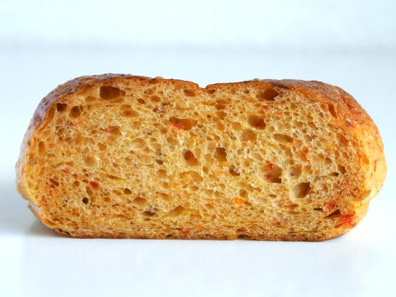 Bread market やさしい風の「ベーグル」断面