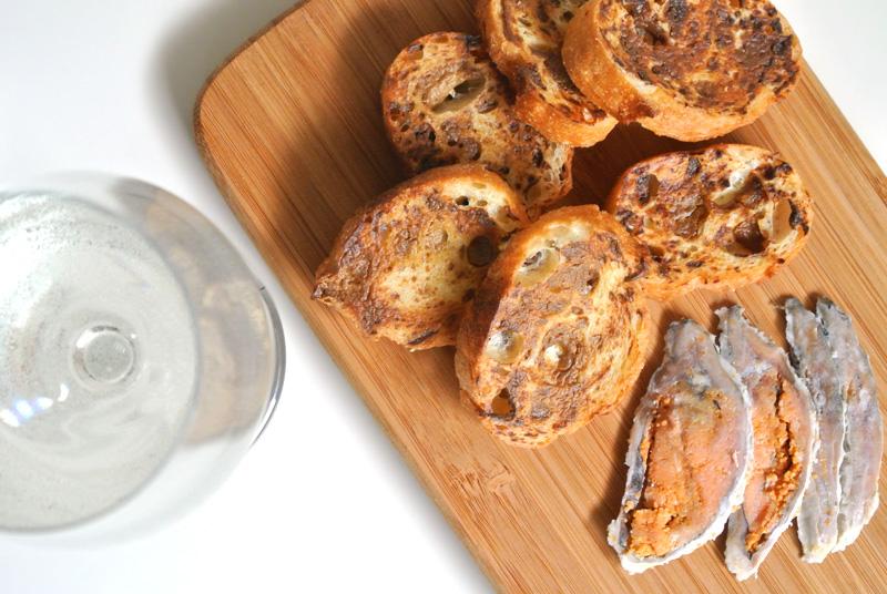 壱製パン所×鮒味×PAINLOT「ふなずしラスク ビワコッターテ」