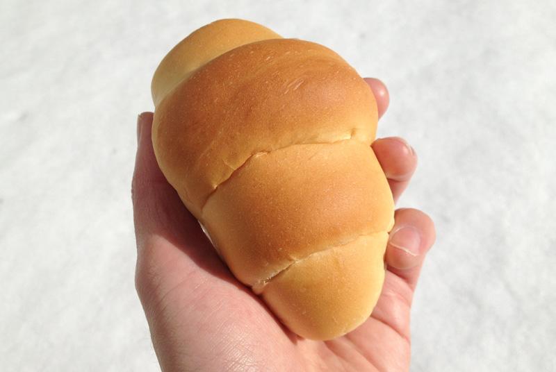 ペリカンのロールパン。このフィット感よ。