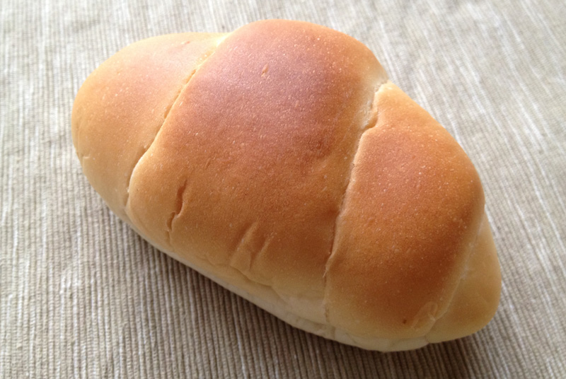 東京浅草ペリカンのロールパン