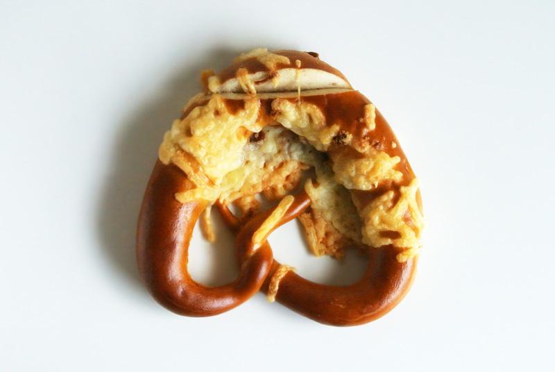 ベッカライ・ペルケオの「ブレッツェル・ケーゼ(プレッツェルのチーズ)」