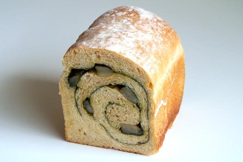 高級食パン専門店ブライヴォリーの「サラ・抹茶ブレッド」