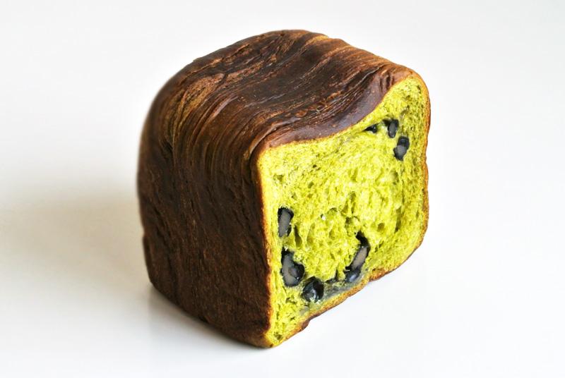 パン屋のグロワール「抹茶と丹波黒豆のパン・ド・グロワール」