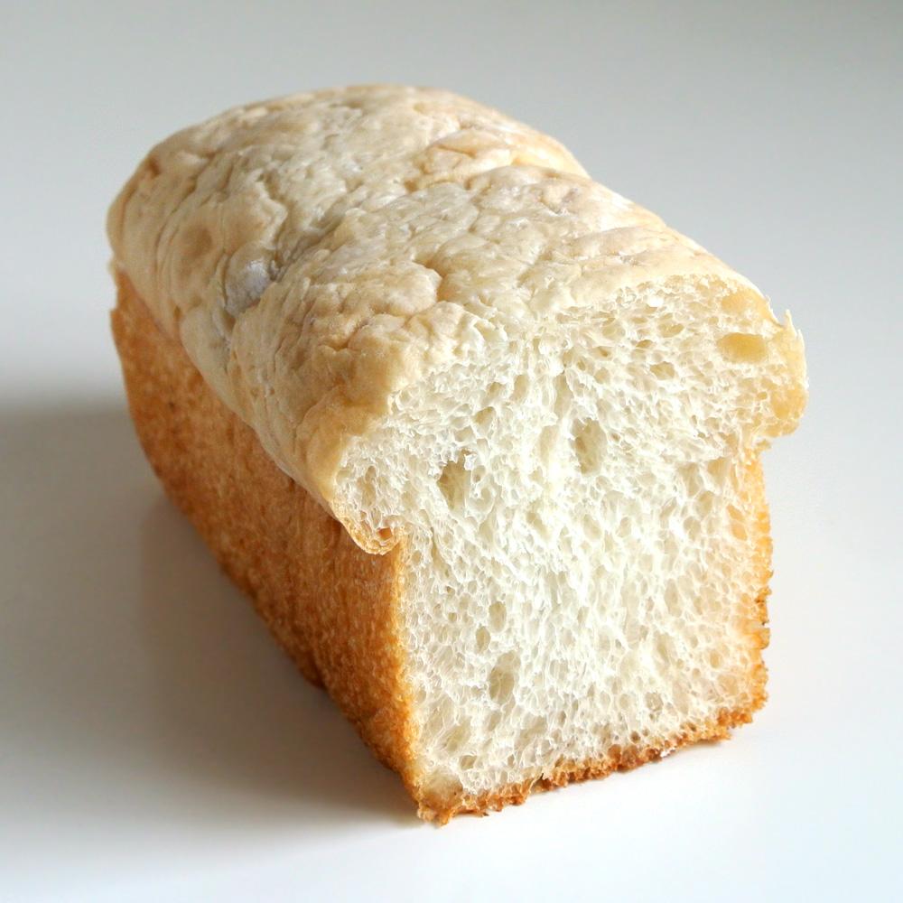 自家製天然酵母パン&クラフトビール&カフェのタルマーリー(鳥取県八頭郡)の蜂蜜ブレッド